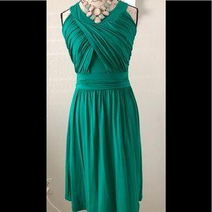 NWOT Super pretty emerald dress